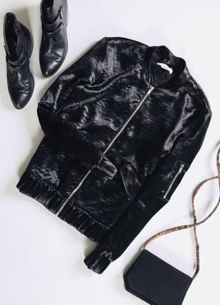 Стильная куртка бомбер с длинным рукавом от h&m