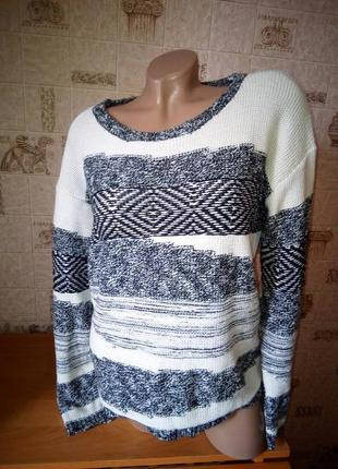 Симпатичный свитер мка  кофта