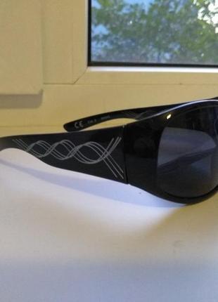 """Сонцезахисні окуляри (очки) """"незнакомка""""від avon"""