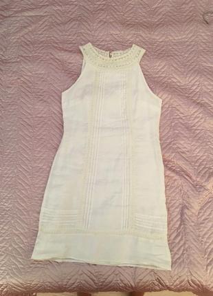 Льняное облегающее платье