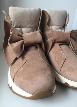 Кросівки tamaris