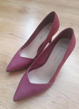 Малиновые розовые лодочки туфли new look 27 р.