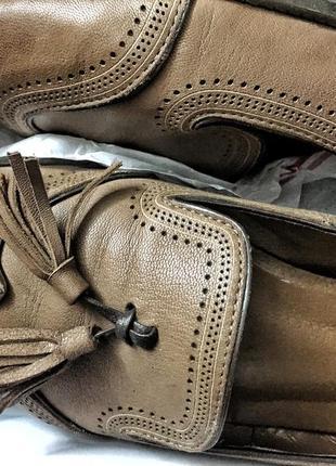 Лоферы туфли на низком каблуку 40р.