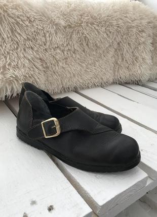 Осенние кожаные туфельки