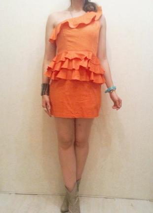 Апельсинова сукня з воланами на одне плече м-л