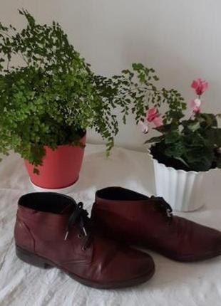 Бардовые осенние туфли испанского бренда аля винтаж