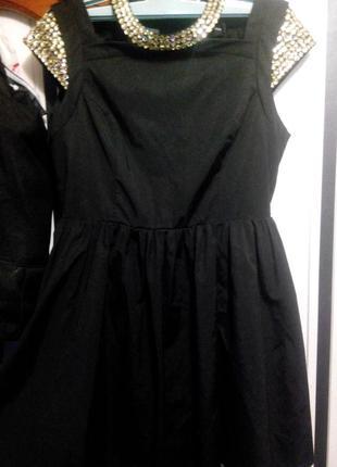 Нарядное короткое вечернее платье asos с камнями