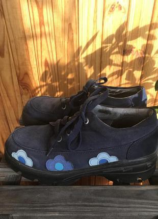 Крутые ботинки ricosta