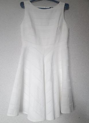 Платье белое от oasis