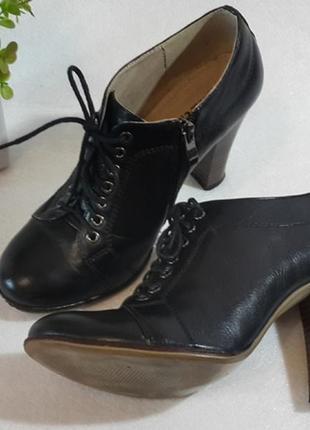 Кожаные туфли на удобном каблуке, разм. 37