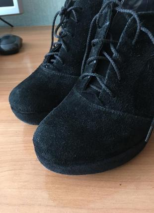 Туфли в натур.замше, туфли на танкетке, туфлі