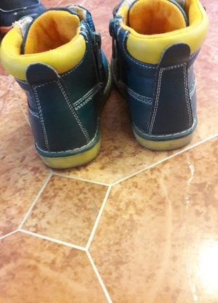 Продам ботинки 23 размера и сапоги 25 размера
