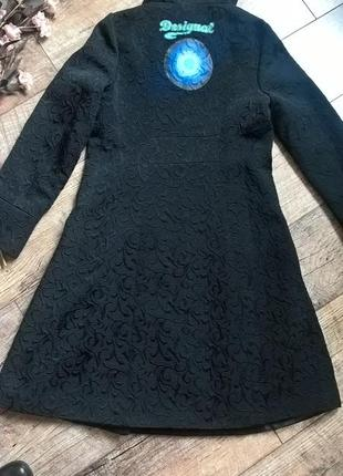 Фееричное фактурное черное деми пальто,тренч/плащ от desigual-по фигуре-m-l4 фото