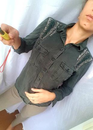 Рубашка хаки коттоновая с вышивкой
