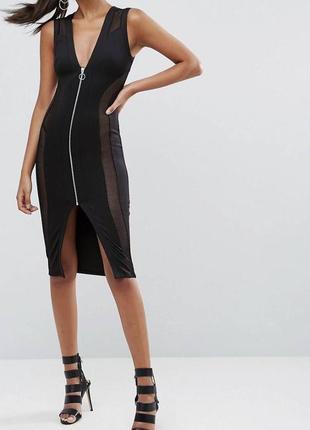 Чёрное платье с сеткой по бокам