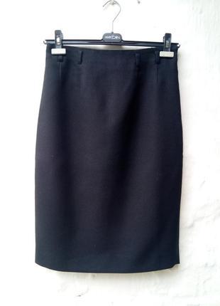 Стильная черная фактурная шерстяная юбка карандаш,классическая,офисная,презентабельная.