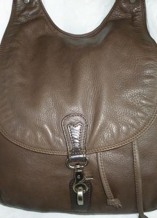 Стильная вместительная сумка натуральная кожа gianni conti