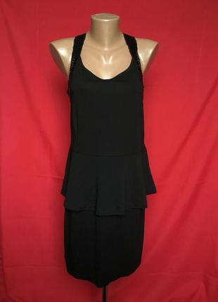 Чорное платье с баской на шлейках в паетках 40/42