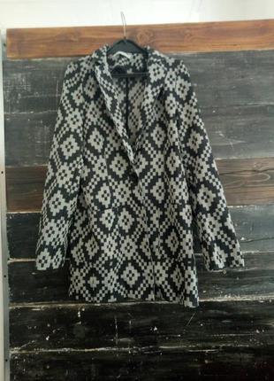 Шикарнейший  дизайнерский пиджак
