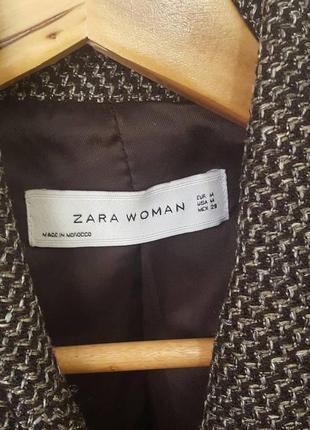 Красивый теплый пиджак zara