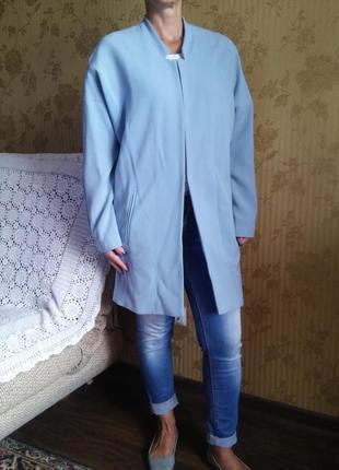 Голубое пальто оверсайз от atmosphere