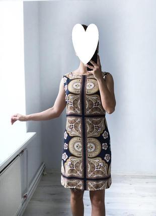 Платье-трапеция в орнамент от next