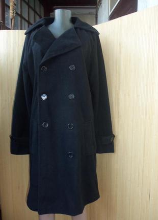 Чёрное  флисовое пальто с  m/l