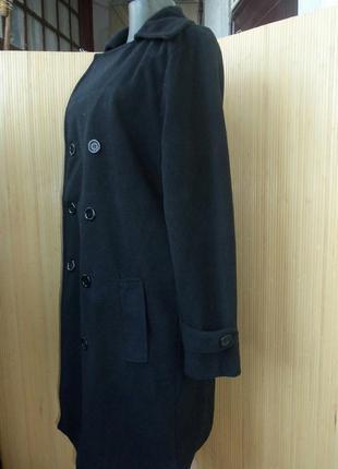 Чёрное  флисовое пальто с  m/l3