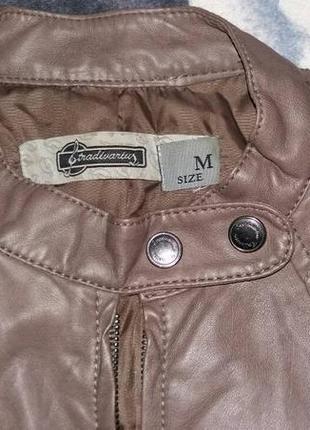 Куртка  кожанка stradivarius