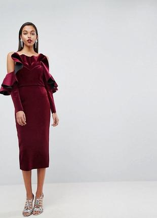 Бархатное платье миди с оборками и длинными рукавами asos edition