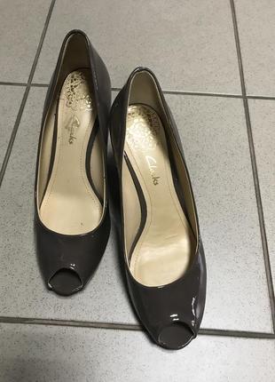 Туфли фирменные clarks