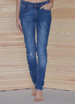 Плотные джинсы скинни zara плотні джинси скінні