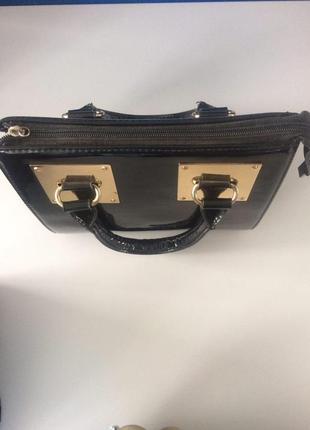 Лакированная мини-сумочка из натуральной кожи2
