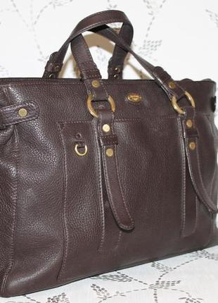 Большая кожаная сумка в деловом стиле gold pfiel мясистая кожа
