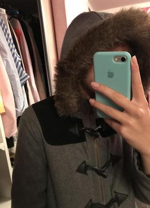 Пальто на осень ,холодную весну