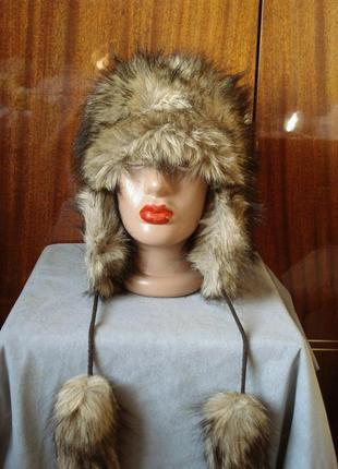 Меховая шапка-ушанка с бубонами rabionek