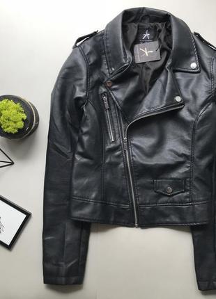 Крутая чёрная кожаная куртка косуха /кожанка /байкерская куртка l /курточка