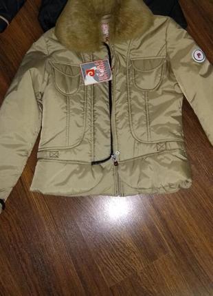 Куртка деми размер s
