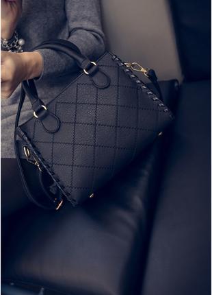 Стильная черная сумка из экокожи на длинной и короткой ручке!