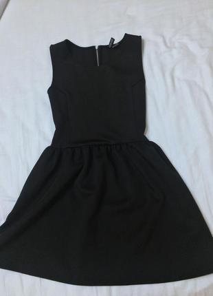 Чорна фактурна  сукня 💖