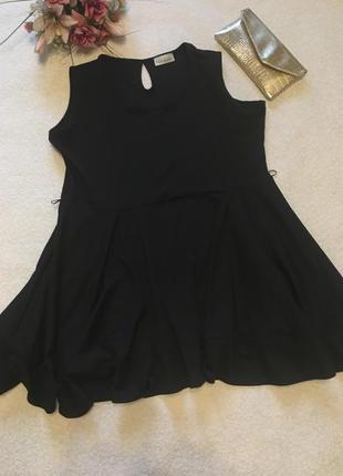 Платье 20-22 очень плотная ткань