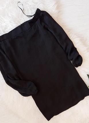 Черная блуза на плечи atmosphere