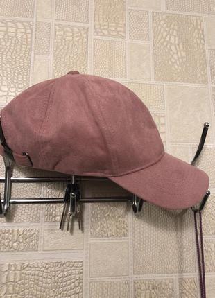 Розовая замшевая кепка , бейсболка