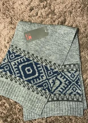Уютный шерстяной шарф