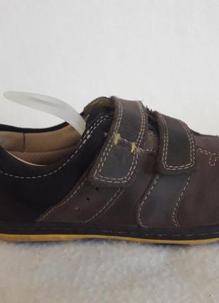 Кожаные спортивные туфли фирмы clarks p. 27, 5 m ( 9,5 f) стелька 17,5 см