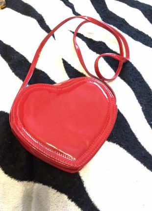 Нереальная красная сумочка / клатч