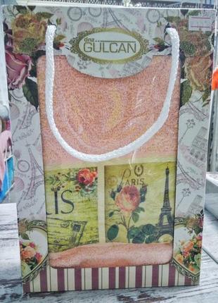 Нежное полотенце для лица на подарок