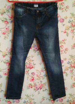 Фирменные джинсы f&f, на 8-9 лет