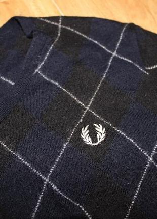 Фирменный свитер 100% шерсть мериноса fred perry