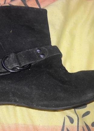 Ботинки 38 .размер